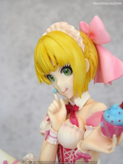 018 Frederica Miyamoto Little Devil Maid Phat recensione
