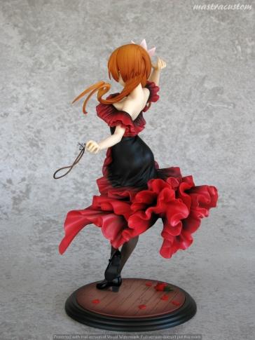 009 Marika Tachibana Nisekoi Revolve Recensione