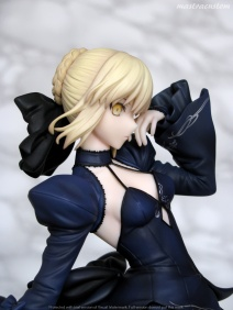 040 Saber Altria Pendragon Alter Dress ALTER recensione