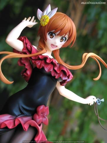 073 Marika Tachibana Nisekoi Revolve Recensione