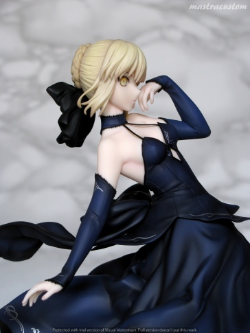 083 Saber Altria Pendragon Alter Dress ALTER recensione