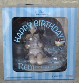 001 Rem Birthday Cake ReZERO Kadokawa recensione
