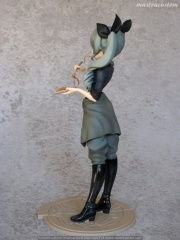 007 Anchovy Girls und Panzer Di Molto Bene recensione