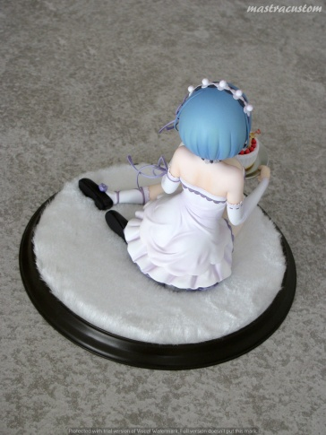 051 Rem Birthday Cake ReZERO Kadokawa recensione
