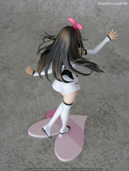 055 Kizuna AI Stronger Tokyo Otaku Mode recensione