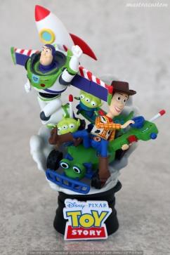 033 Disney Pixar DStage Beast Kingdom recensione