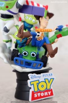 039 Disney Pixar DStage Beast Kingdom recensione