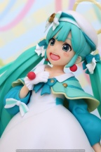 049 Miku Hatsune 2nd Season Winter TAITO recensione