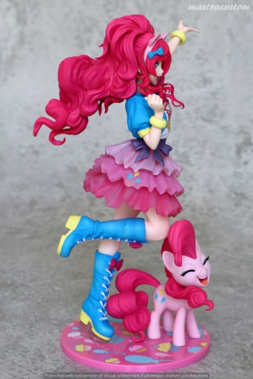 010 Pinkie Pie My Little Pony Bishoujo Kotobukiya recensione