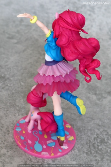 052 Pinkie Pie My Little Pony Bishoujo Kotobukiya recensione