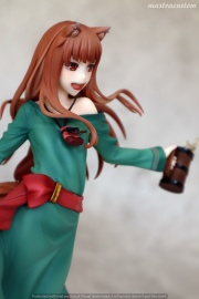 046 Holo Spice and Wolf 10th Anniversary REVOLVE Recensione
