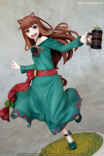 049 Holo Spice and Wolf 10th Anniversary REVOLVE Recensione