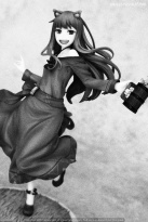 053 Holo Spice and Wolf 10th Anniversary REVOLVE Recensione