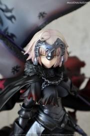 020 Avenger Jeanne DArc ALTER FGO Recensione