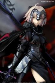 090 Avenger Jeanne DArc ALTER FGO Recensione